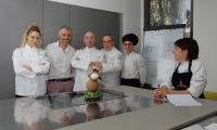Gaetano-Venuti-e-il-team-di-Italian-Chef-Cooking-School-2.jpg